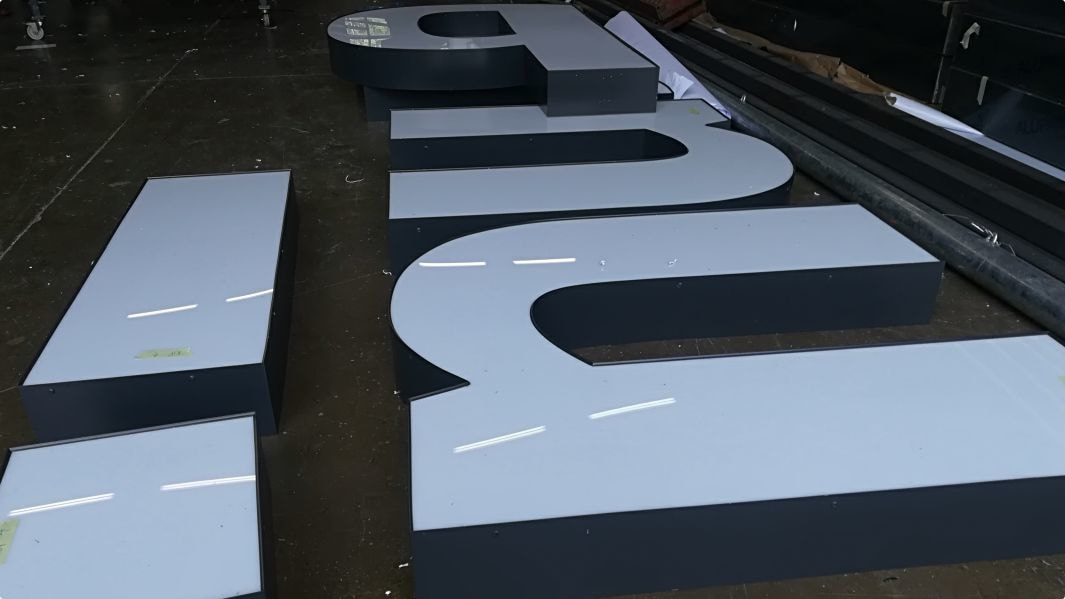 3D sign manufacturing